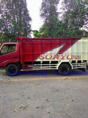 sewa truk jogja